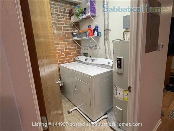 One bedroom airy loft with perfect location in downtown Ann Arbor Home Rental in Ann Arbor, Michigan, United States 6