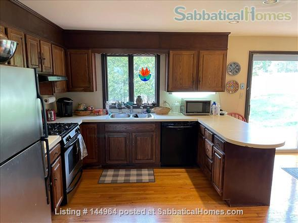Home in country, near Northampton  and Amherst Mass. Home Rental in Whately, Massachusetts, United States 9