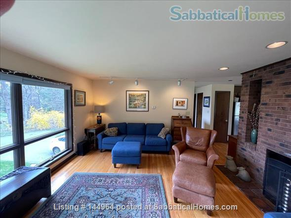 Home in country, near Northampton  and Amherst Mass. Home Rental in Whately, Massachusetts, United States 6