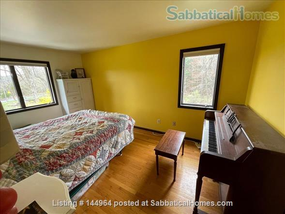Home in country, near Northampton  and Amherst Mass. Home Rental in Whately, Massachusetts, United States 8