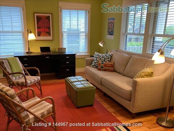4 Bed/3.5 Bath Furnished Home in Vibrant, Walkable Belmont/12South Home Exchange in Nashville, Tennessee, United States 3
