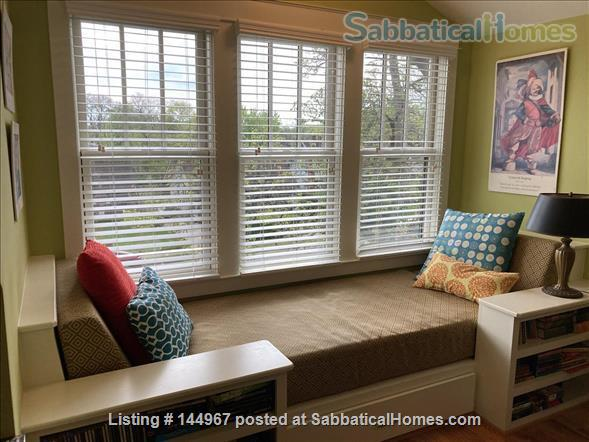 4 Bed/3.5 Bath Furnished Home in Vibrant, Walkable Belmont/12South Home Exchange in Nashville, Tennessee, United States 4
