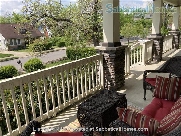 4 Bed/3.5 Bath Furnished Home in Vibrant, Walkable Belmont/12South Home Exchange in Nashville, Tennessee, United States 8