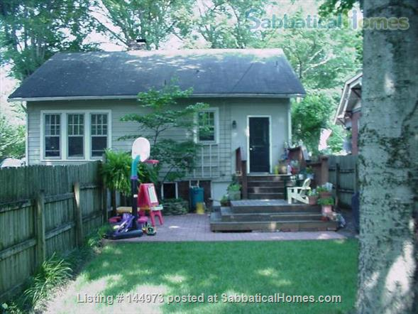 Home near Vanderbilt in walkable neighborhood Home Rental in Nashville, Tennessee, United States 1