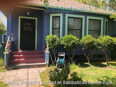 Sunny 2 bedroom house, 3 miles to UC, bikeable/walkable neighborhood Home Rental in Emeryville, California, United States 1