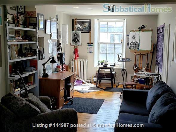 Bright 1 bedroom, hardwood floors Home Rental in Kingston, Ontario, Canada 0