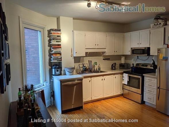 Great large 2 bedroom with roof deck in Prime Annex near U Toronto Home Rental in Toronto, Ontario, Canada 2