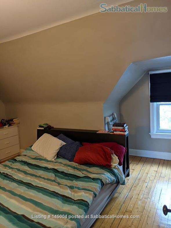 Great large 2 bedroom with roof deck in Prime Annex near U Toronto Home Rental in Toronto, Ontario, Canada 8