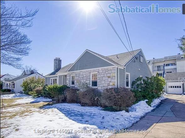 Beautiful 3 BR 2 BA House by East Rock Park Walkable to Yale Home Rental in New Haven, Connecticut, United States 1