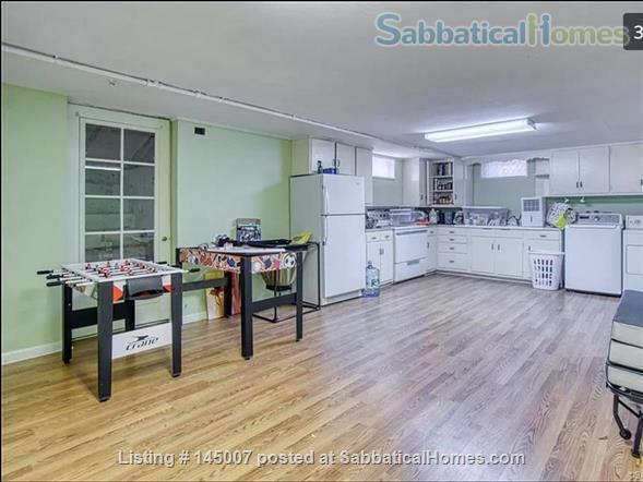 Beautiful 3 BR 2 BA House by East Rock Park Walkable to Yale Home Rental in New Haven, Connecticut, United States 8