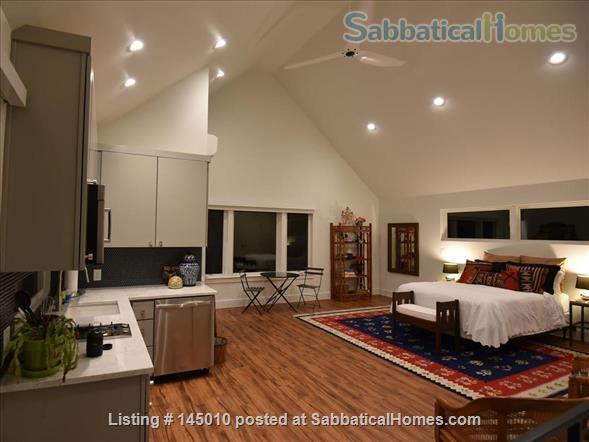 East Austin Furnished, Light-filled Garage Apartment Home Rental in Austin, Texas, United States 1
