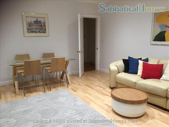 A light-filled and spacious 2 bedroom apartment in beautiful, historic Hampstead Home Rental in Greater London, England, United Kingdom 2