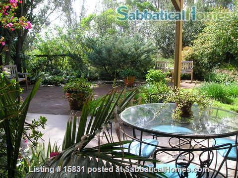 Lovely 4 bedroom home (appx. 2000 sf) in upscale neighborhood, 20 min. to beaches, downtown, close to universities, good schools Home Rental in San Diego, California, United States 2