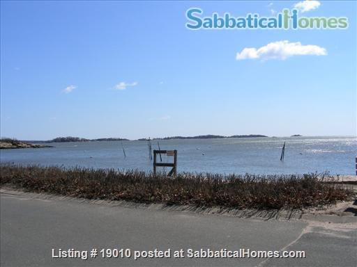 ShoreLine Home in Hotchkiss Grove, Branford, CT Home Rental in Branford, Connecticut, United States 6
