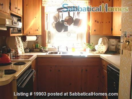 furnished 2 bdr apt in 2 family house walk to Harvard/MIT 11/22/21-5/29/22 Home Rental in Cambridge 2