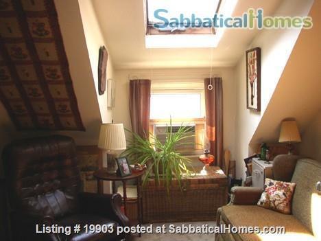 furnished 2 bdr apt in 2 family house walk to Harvard/MIT 11/22/21-5/29/22 Home Rental in Cambridge 7
