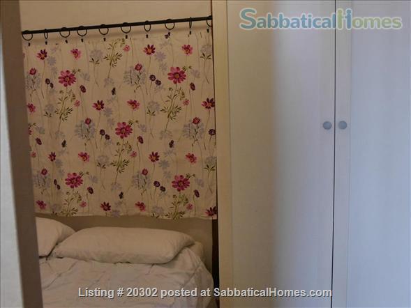 Bastille/Marais area : Bright top floor 1BR / elevator. Metro at 1 min.... Home Rental in Paris, Île-de-France, France 6