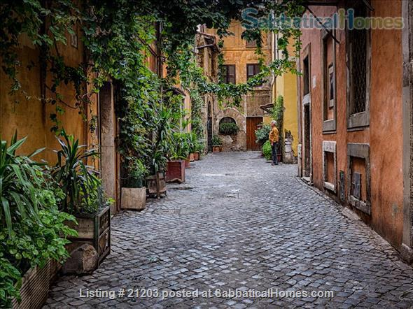 Charming  Apartment in the heart of historic Trastevere Home Rental in Rome, Lazio, Italy 0