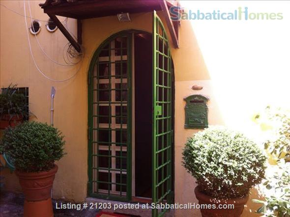 Charming  Apartment in the heart of historic Trastevere Home Rental in Rome, Lazio, Italy 2