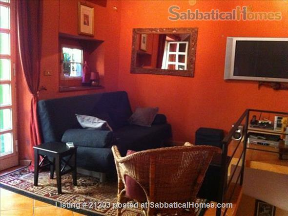 Charming  Apartment in the heart of historic Trastevere Home Rental in Rome, Lazio, Italy 3