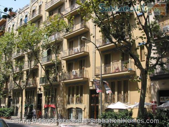 downtown Barcelona apartment Home Exchange in Barcelona, CT, Spain 9