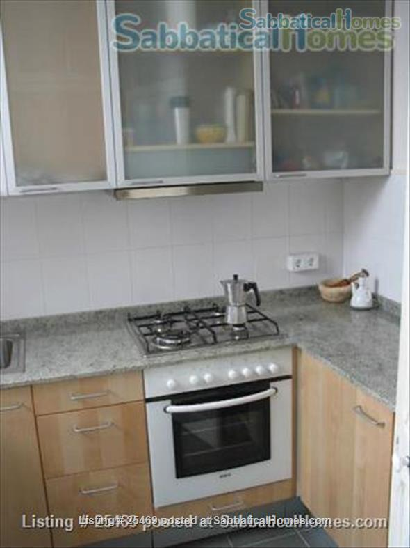 downtown Barcelona apartment Home Exchange in Barcelona, CT, Spain 7
