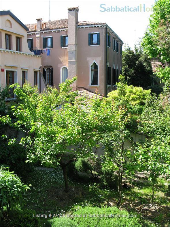 Charming 2 bedrooms house in Venice Home Rental in Venice, Veneto, Italy 9