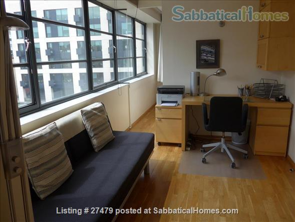 Light-filled flat in central London with canal view, superb transport connections, 24-hour security, all utilities. Walk to Eurostar and British Library. Home Rental in London, England, United Kingdom 5