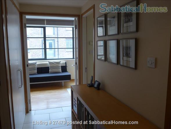 Light-filled flat in central London with canal view, superb transport connections, 24-hour security, all utilities. Walk to Eurostar and British Library. Home Rental in London, England, United Kingdom 6