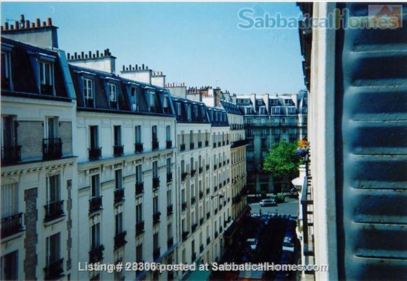 Paris Sunny Apartment with Living Room and Two Bedrooms (3 pièces) Home Rental in Paris, IDF, France 3