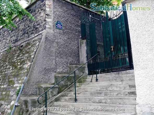 3-bed Montmartre  - Plan 2021-22 Travel.  Flat with private garden & patio. Home Exchange in Paris, Île-de-France, France 2