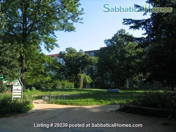 Beautiful bright apartment in trendy area next to quiet park in Berlin/Germany Home Rental in Berlin, Berlin, Germany 7