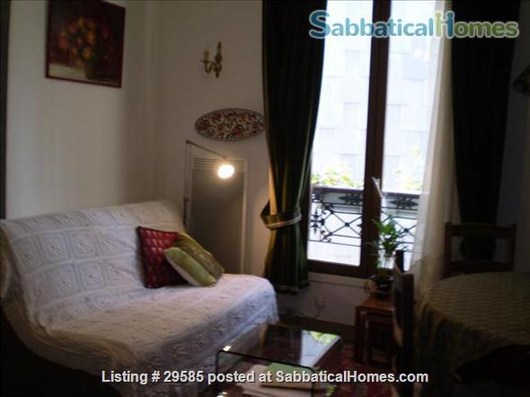 1 brm Montmartre apartment Home Rental in Paris, Île-de-France, France 0