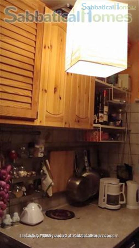 1 brm Montmartre apartment Home Rental in Paris, Île-de-France, France 2