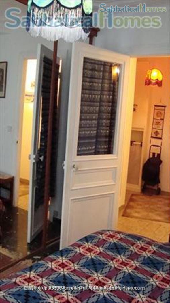 1 brm Montmartre apartment Home Rental in Paris, Île-de-France, France 4