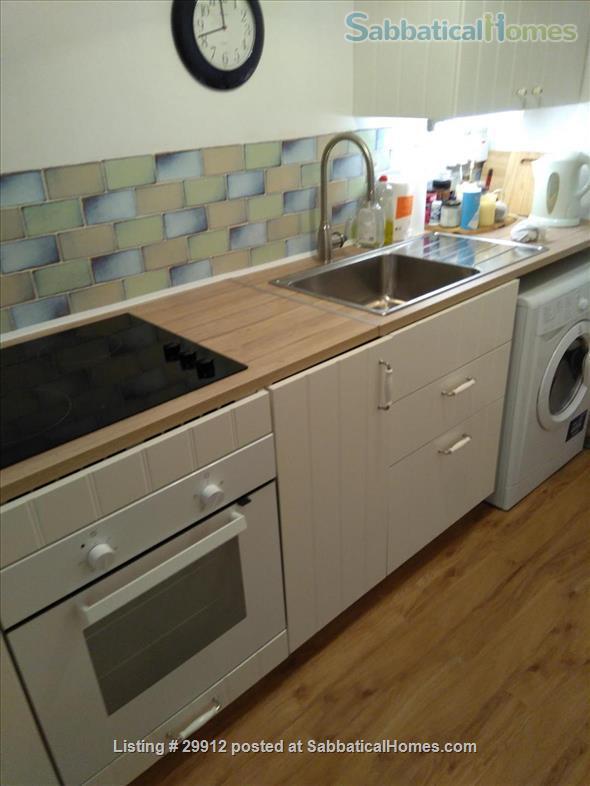 Pretty bijou 1 bed flat Home Rental in London, England, United Kingdom 6