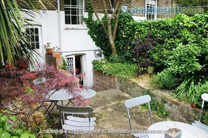 WC1 ULTRA CENTRAL LONDON YET LEAFY.  WALK TO PARIS; Pay in US Dollars.   Home Rental in London, England, United Kingdom 0