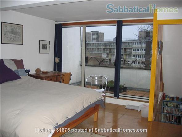 London Townhouse on Regents Canal (ISLINGTON) Home Rental in London, England, United Kingdom 2