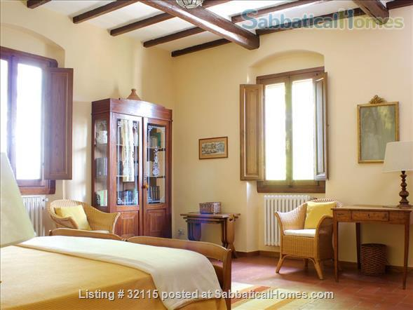 Spacious + Independent Half of 18th cent. Tuscan Villa + panoramic garden. Near Florence/ Siena/ Arezzo Home Exchange in Bucine, Toscana, Italy 6