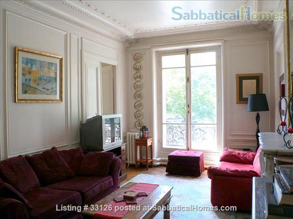 Beautiful Paris apartment at the Seine, overlooking the marina and le Marais Home Rental in Paris 2 - thumbnail