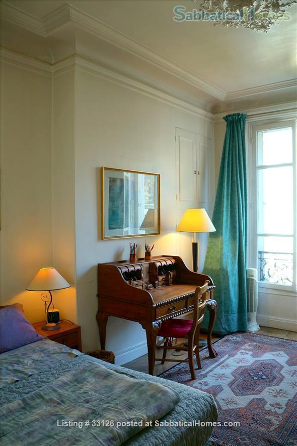 Beautiful Paris apartment at the Seine, overlooking the marina and le Marais Home Rental in Paris 5 - thumbnail