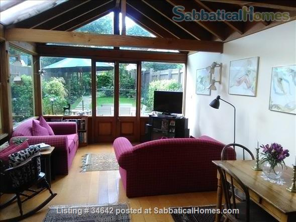 HOME BASE WHILE RENOVATING YOURS. Close-in Sydney family neighbourhood, Home Rental in Annandale, New South Wales, Australia 1