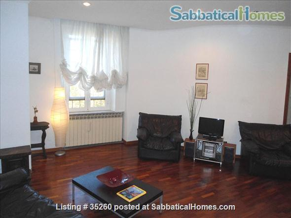 Elegant flat central  Rome, excellent neighbourhood, near university Home Rental in Rome, Lazio, Italy 1
