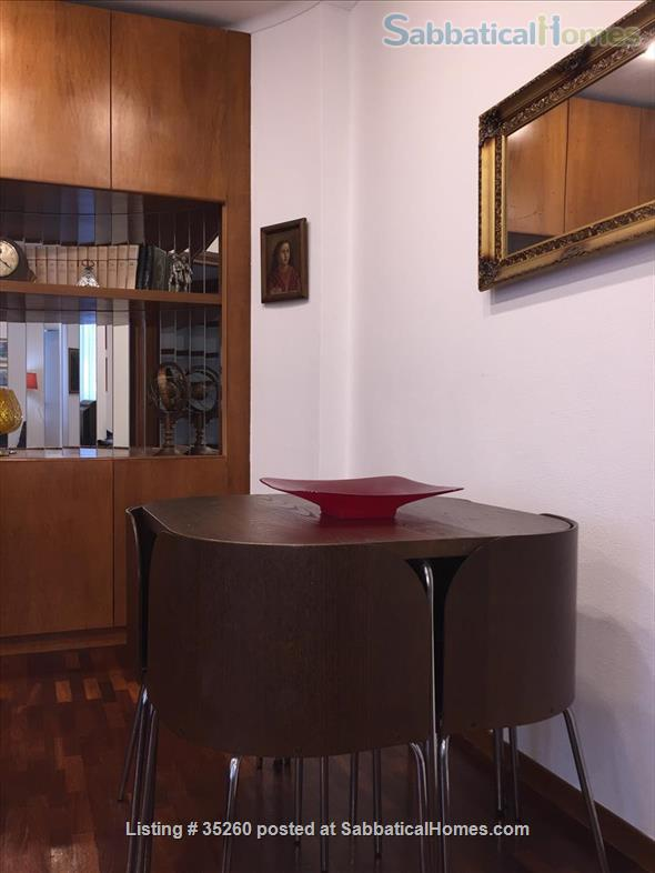 Elegant flat central  Rome, excellent neighbourhood, near university Home Rental in Rome, Lazio, Italy 2