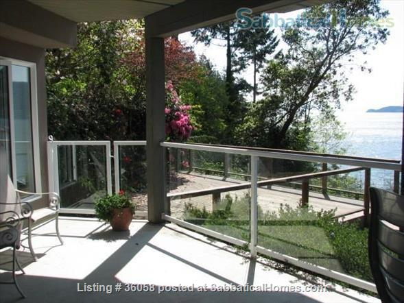 """1Bd oceanfront""""peace of paradise""""     Home Rental in West Vancouver, British Columbia, Canada 3"""