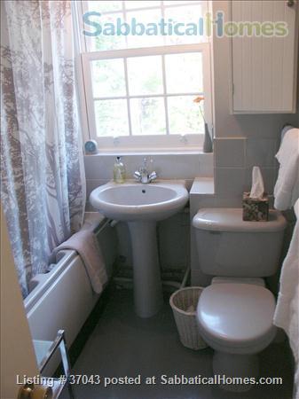 London N1 - Islington 2 Bedroom Flat Home Rental in London, England, United Kingdom 5