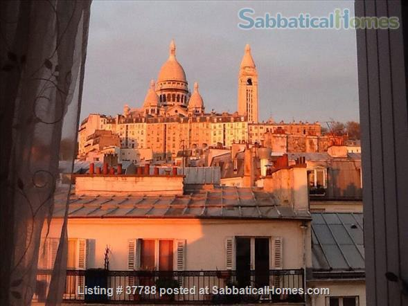 Studette  with dream view on SacreCoeur,  Home Rental in Paris, Île-de-France, France 1