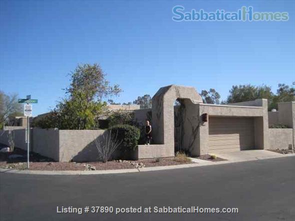 Town home with mountain views, bike-trail access Home Rental in Tucson, Arizona, United States 9