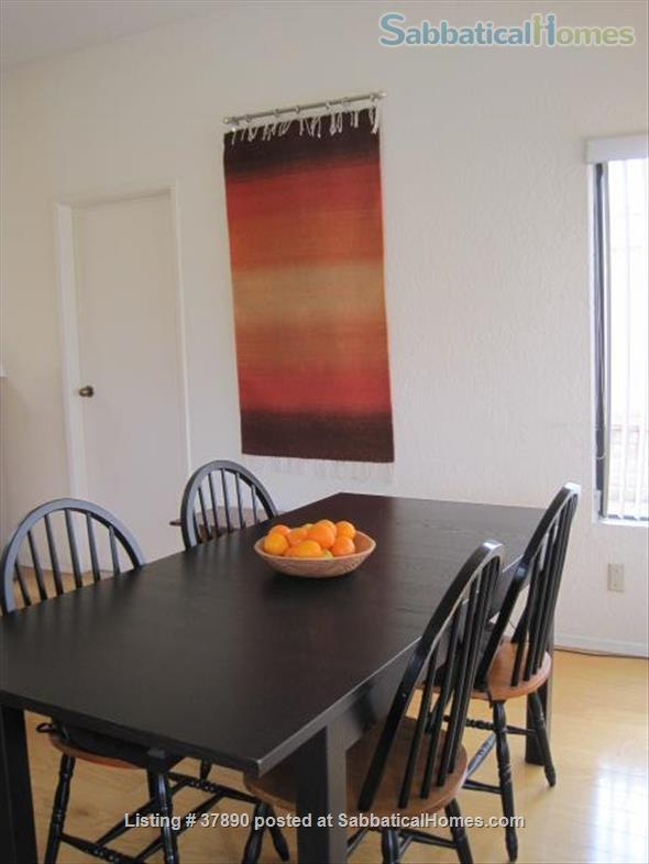 Town home with mountain views, bike-trail access Home Rental in Tucson, Arizona, United States 2