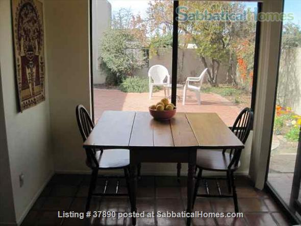 Town home with mountain views, bike-trail access Home Rental in Tucson, Arizona, United States 4
